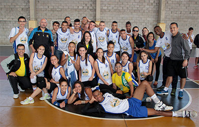 Atletas de voleibol do Colégio de Diadema.