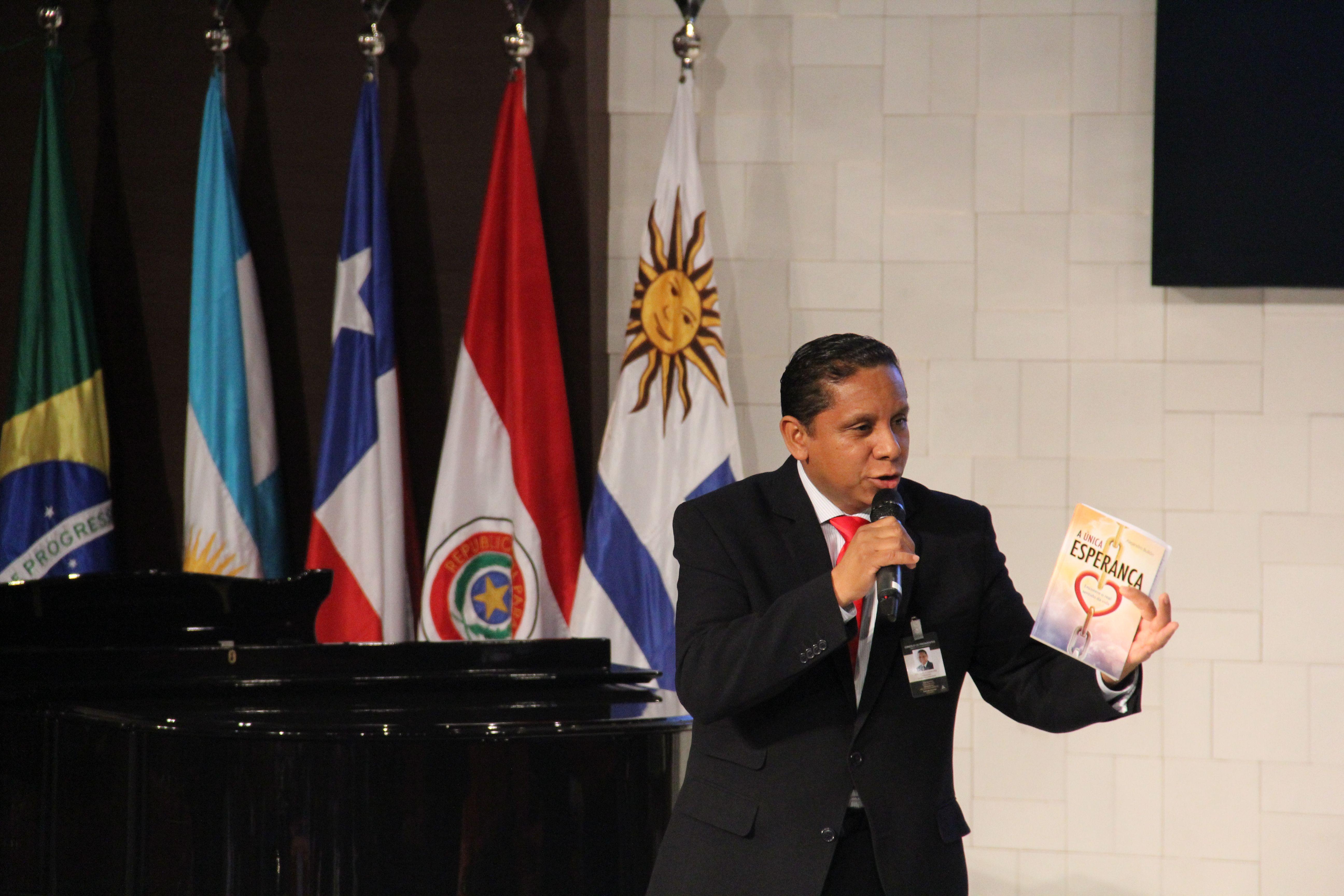 Adventistas sul-americanos se preparam para mega distribuição de livros.
