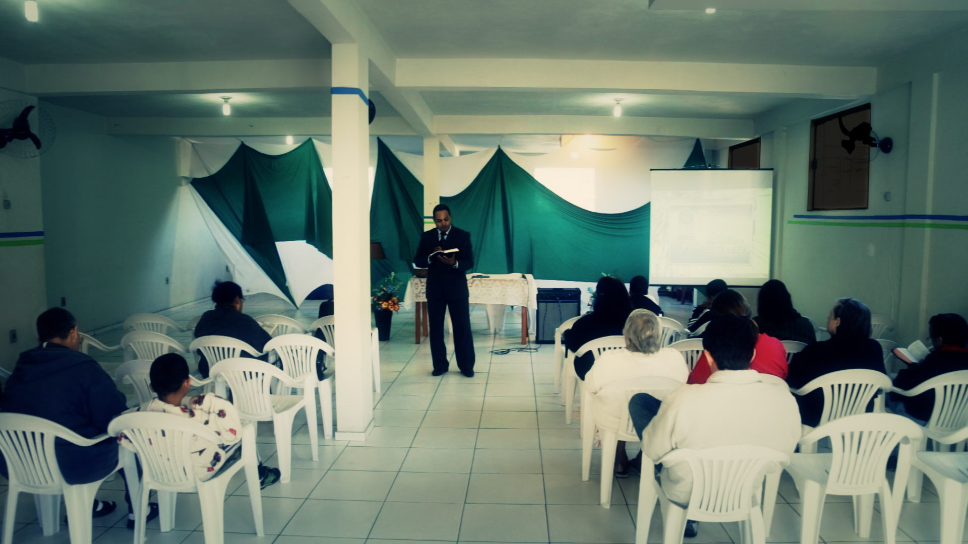 Evangelismo em Bicas, cidade a aproximadamente 43 quilômetros de Juiz de Fora.