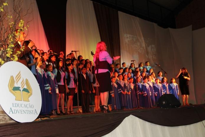 Colégio Adventista de Eunápolis lança CD