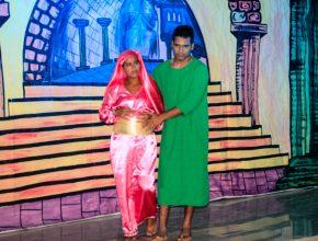 José e Maria à procura de um lugar para passar a noite