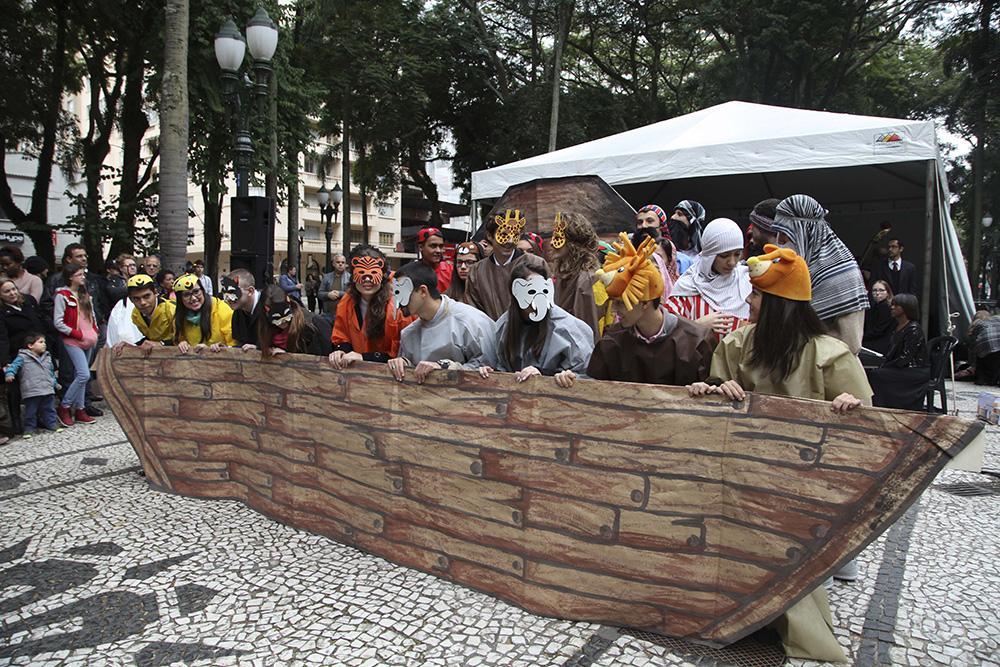 Voluntarios-adventistas-entregam-1-milhao-de-livros-no-Sul-do-Brasil