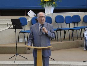 O pastor Joel Sarli atuou por 13 anos como conselheiro mundial para os pastores adventistas.