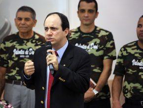 Pastor Edimilson Lima apresenta alguns dos Valentes de Davi