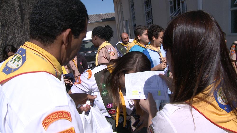 A campanha contou com a participação dos desbravadores e aventureiros em muitas igrejas