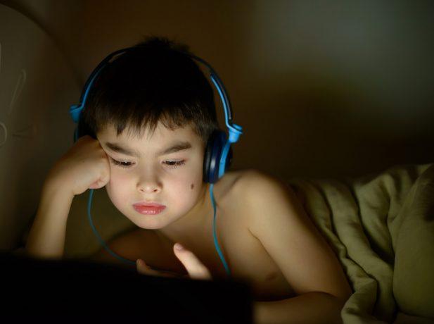 Cresce o número de crianças acessando conteúdos pornográficos na internet