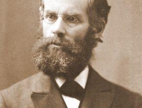 Durante sua vida Andrews aprendeu vários idiomas e foi capaz de ler a Bíblia em sete línguas