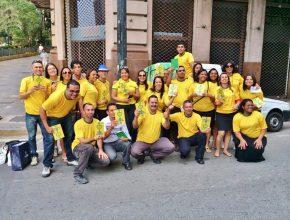 Funcionários e amigos que fizeram o projeto missionário em clima de Copa