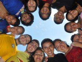Jovens engajados na Missão Calebe.