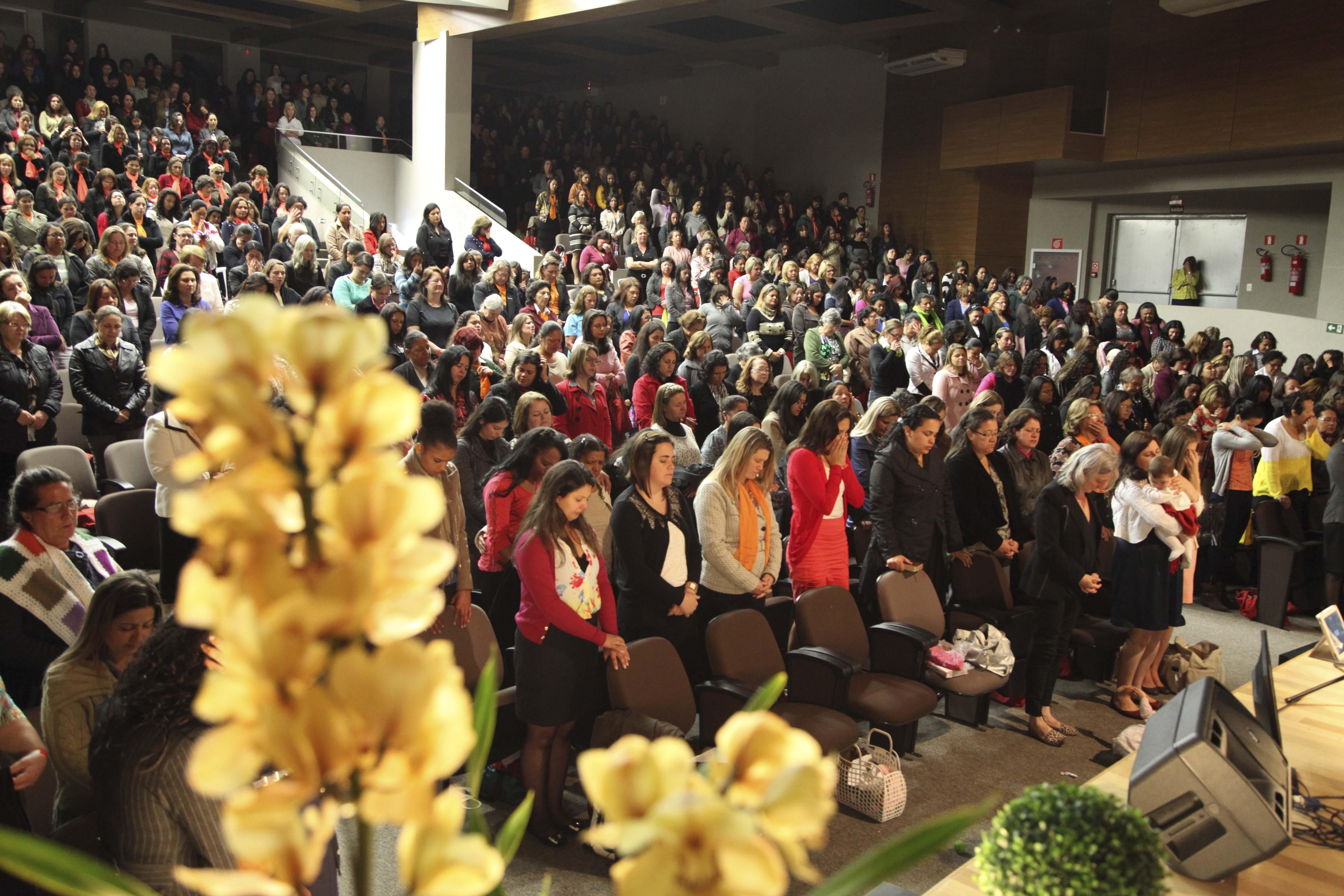 A Igreja Adventista no Sul do Paraná é representada em maior número pelo sexo feminino