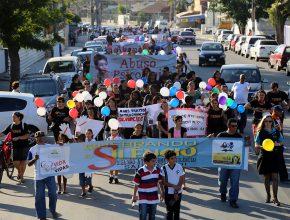A passeata foi até o centro da cidade, onde varias ações aconteceram durante toda a tarde. [Foto: Artur Buitrago]
