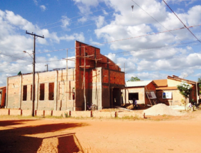 A igreja de Vila Cidinha