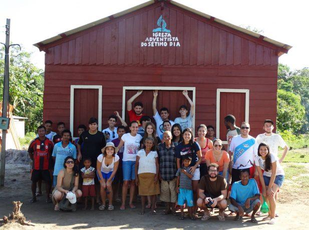 Universitarios-dedicam-ferias-ao-trabalho-missionário-no-Brasil-e-no-exterior7