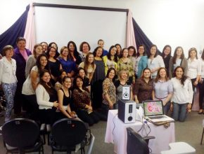 Encontro reuniu esposas de pastores e líderes do Ministério da Mulher de toda a região central do Rio Grande do Sul.
