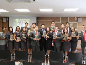 Funcionários da Sede Administrativa unidos no Adoração em Família