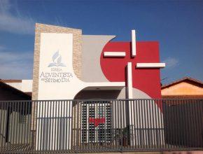 Igreja foi inaugurada e contou com a presença de autoridades do municípios e da membresia