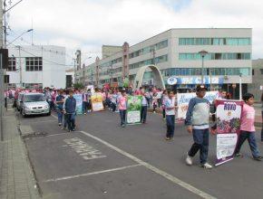 Mais de 500 pessoas participaram da caminhada