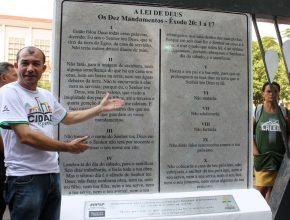 É a primeira vez que a hashtag #RPSP é colocada em monumento público no Brasil