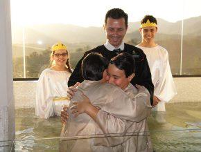 Quase 80 pessoas a mais foram batizadas neste ano em relação ao mesmo período do ano passado.