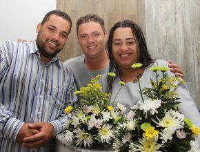 O companheiro de Renato, Adriel, prestigiou o batismo.
