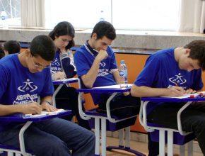 Alunos realizaram provas de português, matemática e ensino religioso.