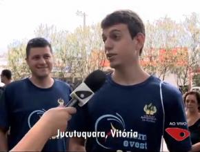 Jovem no Espírito Santo fala à reportagem de uma TV local . Grupo do qual ele faz parte chegou antes do meio-dia ao local da prova