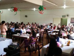 O evento contou com a presença de mais de 120 mulheres.