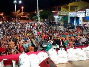 Em Amontada 300 famílias receberam cestas básicas do Mutirão