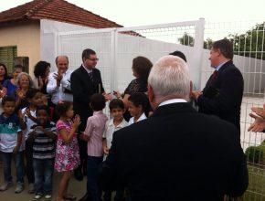 Membros e pastores da Caravana na inauguração da Igreja Adventista em Guaraci
