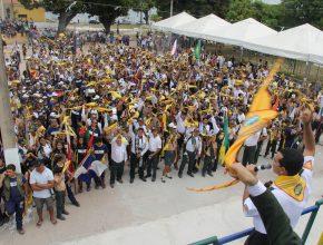 Uma passeata reuniu os desbravadores com os membros locais. Cerca de 2.500 pessoas saíram às ruas de Santarém anunciando a volta de Jesus.