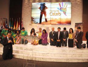 Consagração dos jovens e do aplicativo aconteceu em um culto realizado nessa sexta em Brasília