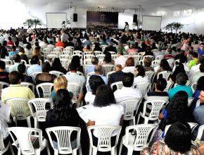 Mais de três mil oficiais receberam orientações do programa da igreja em 2015.