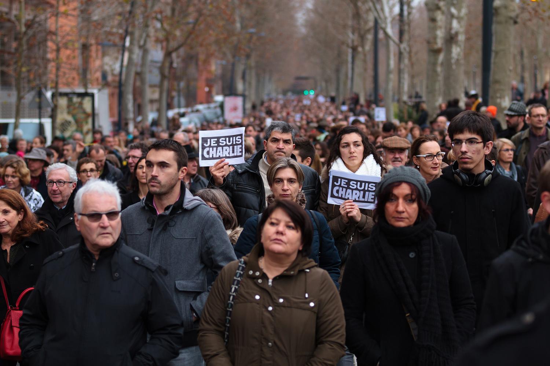 Especialistas-analisam-questao-religiosa-e-comunicacional-de-atentados-na-Franca2