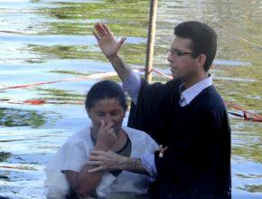 Batismos estão em franco crescimento no território apesar de crescimento líquido ter ficado abaixo dos anos anteriores