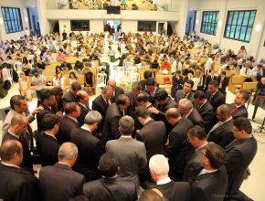 Pastores são ordenados ao ministério
