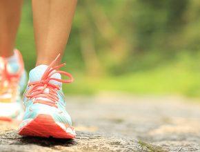 Prática regular de exercícios físicos está entre os fatores que podem diminuir risco de doenças crônicas