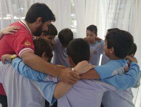Todas as turmas de alunos tiveram a oportunidade de visitar e orar na tenda