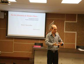 Pastor Claudio Meirelles enfatizou a importância de se trabalhar para buscar excelência