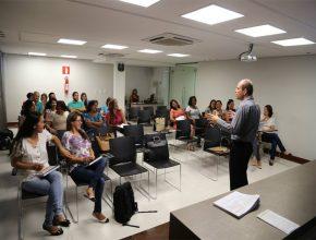 Professores acompanharam atentamente as palestras