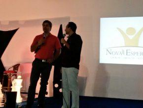 Em Caxias do Sul, o apresentador da TV Novo Tempo - apeesentou o programa: Na Mira da Verdade ao vivo.