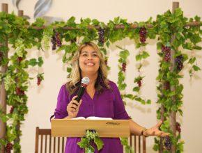 Joelma do Vale incentiva as mulheres a serem relevantes para a sociedade.