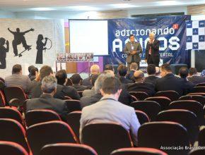Os pastores Marcos Nunes e Jair Goes, respectivamente da esquerda e direita, são ministeriais da ABC e UCoB.