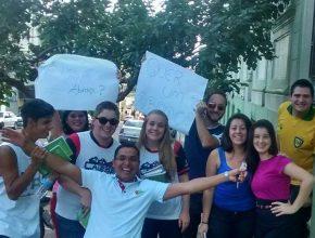 Os jovens alteraram arotina do centro de Ijuí. Foto: Samuel Cardoso.