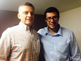 Ex-técnico da seleção de basquete, Miguel ângelo com o diretor da Escola Adventista de Botafogo, Rafael Lima