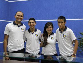 Diego, Kayo, Carol e . (Fotos: Fabiana Lopes)