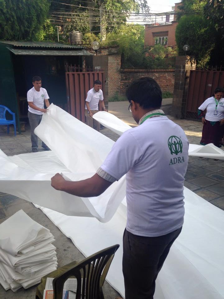 ADRA-Brasil-lanca-campanha-para-ajudar-vitimas-de-terremoto-no-Nepal5