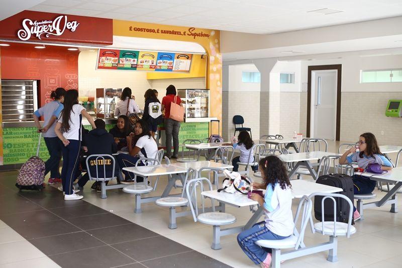 Superbom abre lanchonetes em escolas adventistas for Propuesta para una cantina escolar