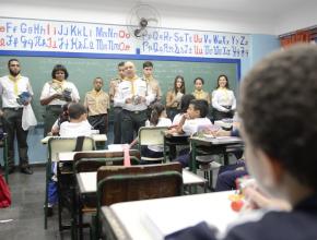 Alunos também foram convidados a participar do clube de Aventureiros e Desbravadores. (Foto: Marcos Junior)