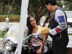 Motoqueiros Adventistas atraíram a atenção das pessoas que passavam por uma grande Ação sobre Saúde.
