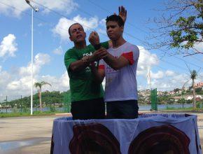 Foram realizados três batismos durante o evento